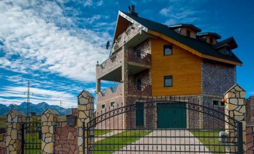 Villa As